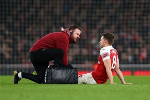 Aaron Ramsey dính chấn thương sau trận thắng Newcastle hình ảnh