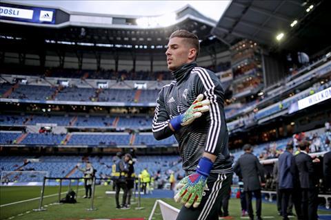 CĐV Real Madrid chỉ trích con trai HLV Zidane hình ảnh