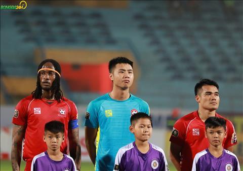Thủ thành Văn Toản đe dọa vị trí Bùi Tiến Dũng tại U23 Việt Nam hình ảnh