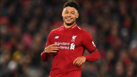 Tương lai tiền vệ Chamberlain sắp được Liverpool quyết định hình ảnh