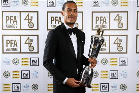 Jadon Sancho lên tiếng thách thức cầu thủ xuất sắc nhất EPL hình ảnh