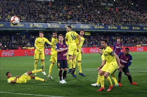 Messi da phat thanh ban cho Barca