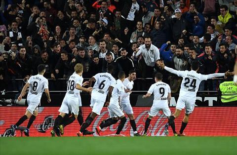 Real thua Valencia 2-0