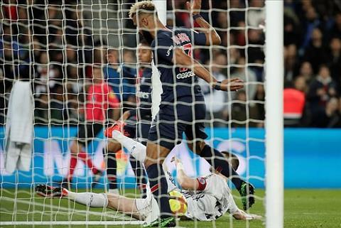VIDEO Choupo-Moting bỏ lỡ cơ hội không tưởng tại Ligue 1 hình ảnh