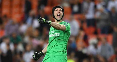 Petr Cech muon gianh danh hieu Europa League truoc khi giai nghe