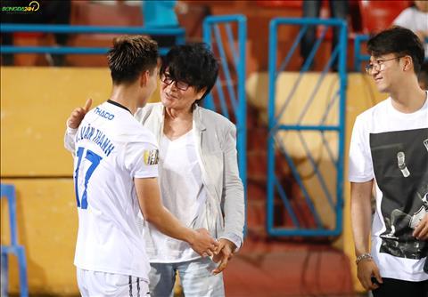 Nho su dieu tri cua bac si Choi, Van Thanh phuc hoi nhanh chong va ghi dau bang ban thang vao luoi Viettel.