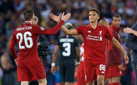 Steven Gerrard 'Cặp cánh của Liverpool đã đạt đẳng cấp thế giới' hình ảnh