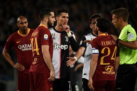 Ngôi sao Ronaldo muối mặt sau khi chê đối thủ là thằng lùn hình ảnh