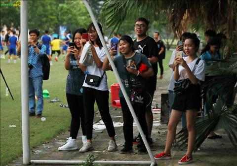 Ha Noi FC se dau voi Tampines Rovers vao 17h00 ngay 15/5 tren SVD Hang Day.