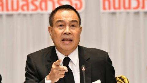 Chủ tịch LĐBĐ Thái Lan nài nỉ Muangthong nhả quân hình ảnh