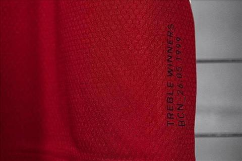 MU ra mắt áo đấu với niềm cảm hứng 1999 hình ảnh