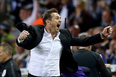 VIDEO Frank Lampard ăn mừng trong phòng thay đồ cùng Derby hình ảnh