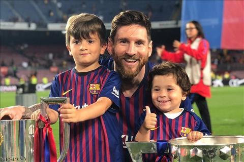 Con trai Messi trêu chọc bố về hai thất bại đáng quên của Barca hình ảnh