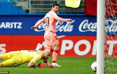 Sergi Roberto dành lời khen ngợi cho Lionel Messi hình ảnh