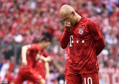 Cap doi Robbery boi hoi trong ngay chia tay Bayern Munich