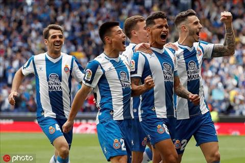 Tiền đạo Trung Quốc giúp đội bóng TBN giành vé dự Europa League hình ảnh