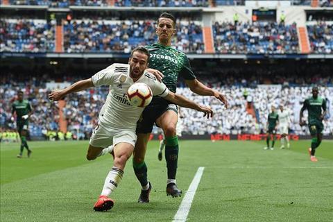 3 cầu thủ chơi tệ khiến Real thảm bại trước Betis hình ảnh