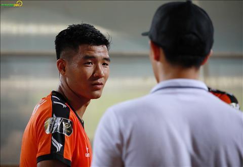 Tiền đạo Hà Đức Chinh gia nhập danh sách bệnh binh V-League hình ảnh