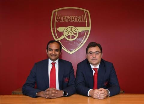 Arsenal cảnh báo Ozil và Aubameyang hình ảnh