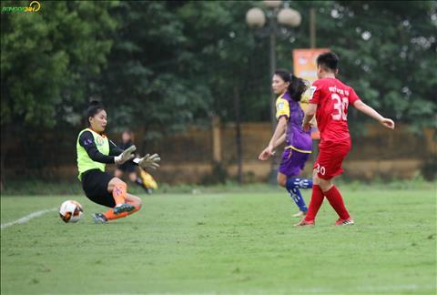 Ket thuc tran dau, Ha Noi gianh chien thang 7-0 de tam vuon len dan dau bang A.