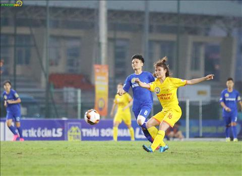 ẢNH Phong Phú Hà Nam thể hiện sức mạnh của ứng viên vô địch trước TNG Thái Nguyên hình ảnh 2