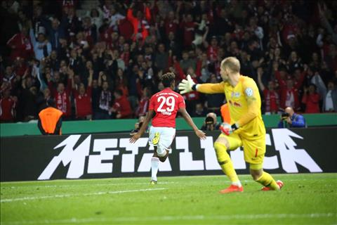 Leipzig 0-3 Bayern Munich Hùm xám hoàn tất cú đúp giải quốc nội hình ảnh 2