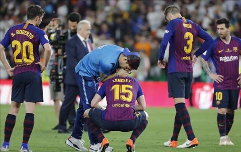 Barca mất cúp Nhà vua vào tay Valencia Nhớ Luis, nhớ cả Paco hình ảnh 2