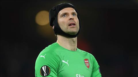 Vito Mannone ủng hộ Petr Cech bắt chính ở chung kết Europa League hình ảnh