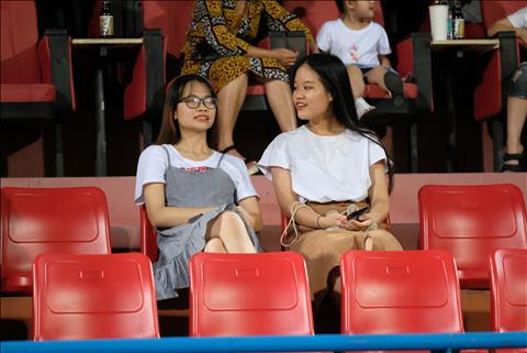 CĐV tại SVĐ Hàng Đẫy trong trận Viettel hoà Quảng Ninh 3-3 hình ảnh