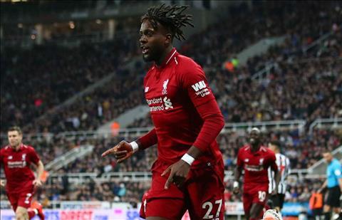 Divock Origi dành bàn thắng trước Newcastle cho Mohamed Salah hình ảnh