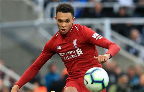 8Live đưa tin Cặp hậu vệ cánh giúp Liverpool làm nên lịch sử ở Premier League