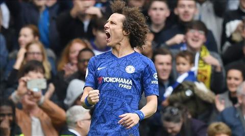 Chelsea vs Watford David Luiz nhan doi cach biet