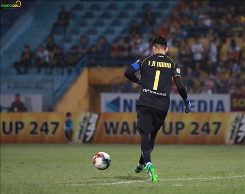 Nguyên Mạnh chơi hay, thầy Park thêm đau đầu về vị trí thủ môn hình ảnh