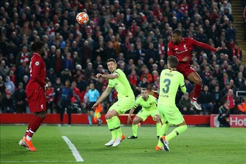 Virgil van Dijk mong muốn Liverpool giành cú ăn 3 danh hiệu hình ảnh