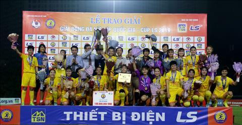Phong Phu Ha Nam vo dich giai bong da nu Cup quoc gia 2019.