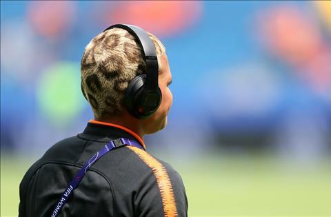 Tiền đạo Shanice van de Sanden của ĐT nữ Hà Lan và mái tóc hổ báo hình ảnh