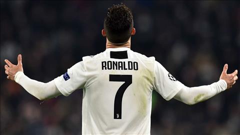 Ronaldo duoc cho la rat thich triet ly bong da cua HLV Sarri