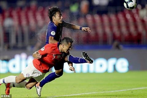 Alexis Sanchez được ủng hộ sau bàn thắng vào lưới Nhật hình ảnh