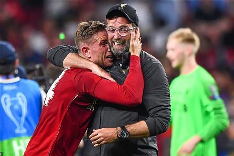 Klopp giành danh hiệu đầu tiên cùng Liverpool Và chẳng ai phải tới Thuỵ Sĩ! hình ảnh