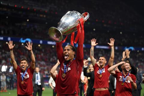 Nhin vao doi hinh Liverpool, Klopp da xay dung mot doi ngu tre trung nhung co nhieu kinh nghiem chinh chien. Voi nhung Van Dijk, Robertson, Arnold hay Salah, Mane, Liverpool cua Klopp se con la the luc tai Champions League trong nhieu nam nua.