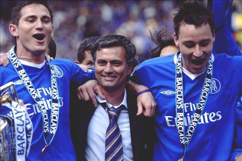 """John Terry: """"Mourinho giúp chúng tôi cảm thấy mình xuất sắc nhất thế giới"""""""