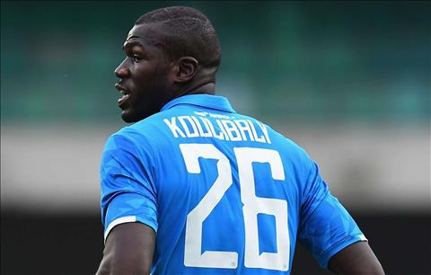 trung ve Koulibaly