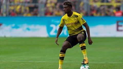 Arsenal muốn có Zagadou của Dortmund hình ảnh