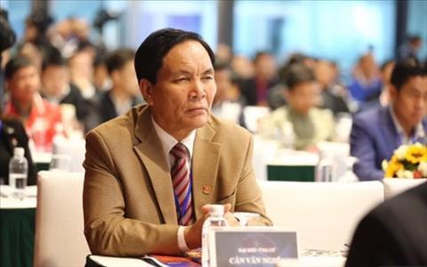 nguyen nhan ong Can Van Nghia tu chuc pho Chu tich VFF