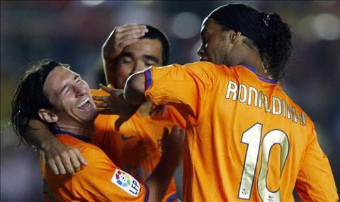 Barca bán Ronaldinho và Deco cũng chỉ vì sợ Messi hư hỏng hình ảnh