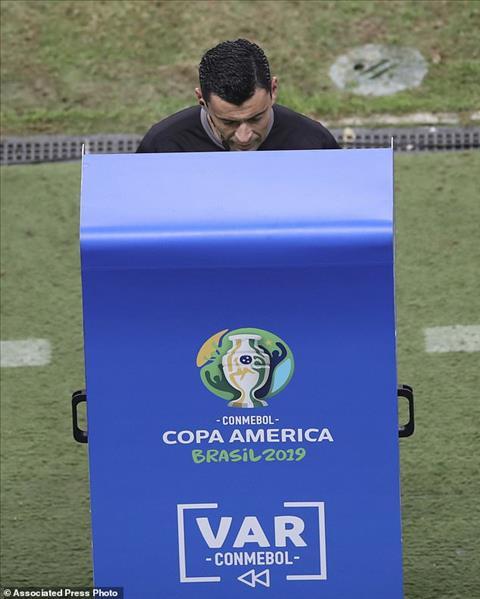 Colombia 0-0 (pen 4-5) Chile Đấu súng thành công, nhà ĐKVĐ có mặt ở bán kết Copa America 2019 hình ảnh 2