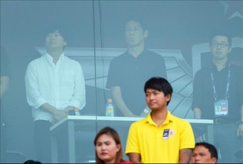 Tân HLV ĐT Thái Lan do thám trận đấu của Văn Lâm tại Thai League hình ảnh
