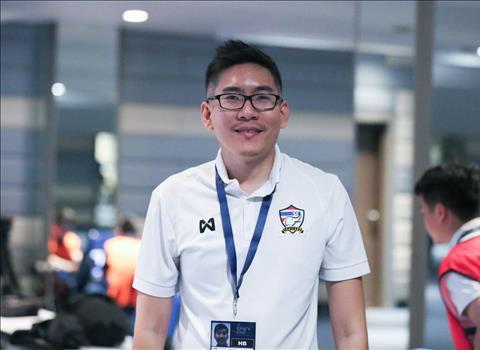 ẢNH CĐV Thái Lan mua vé xem trận đấu với ĐT Việt Nam trong rạp chiếu phim hình ảnh 2