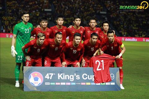 Đình Trọng cảm ơn đồng đội sau trận thắng Thái Lan hình ảnh