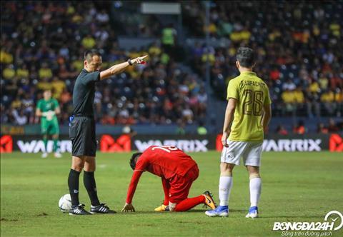 ẢNH Những pha chơi xấu của cầu thủ Thái Lan qua ống kính máy ảnh hình ảnh